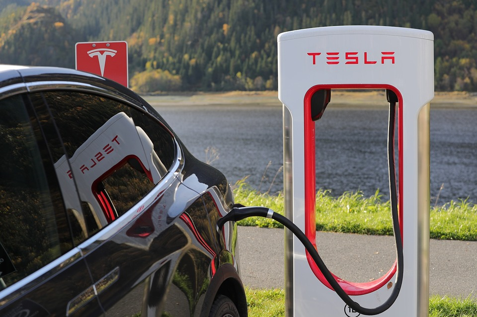 Tesla Looks To Reinvent Electric Cars